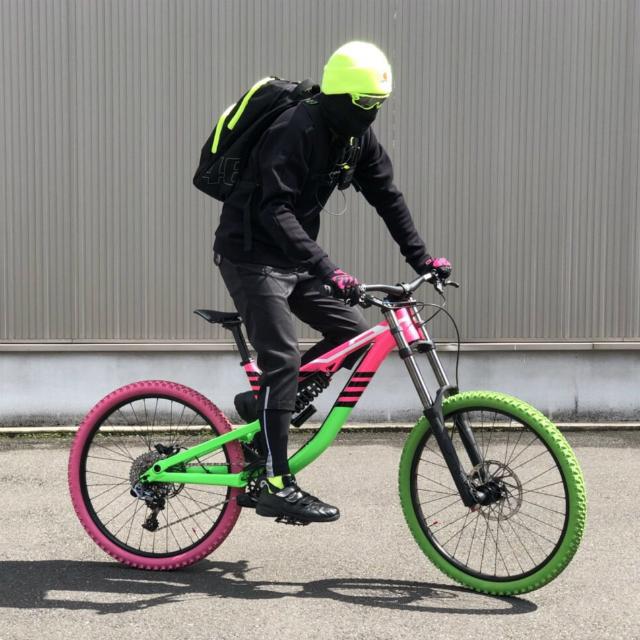 シャカリキスポーツ エグゼイド 自転車